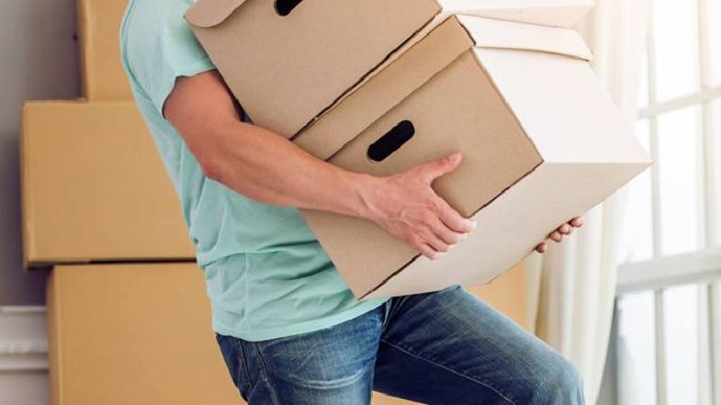 Nguyên nhân đau lưng không đứng thẳng được